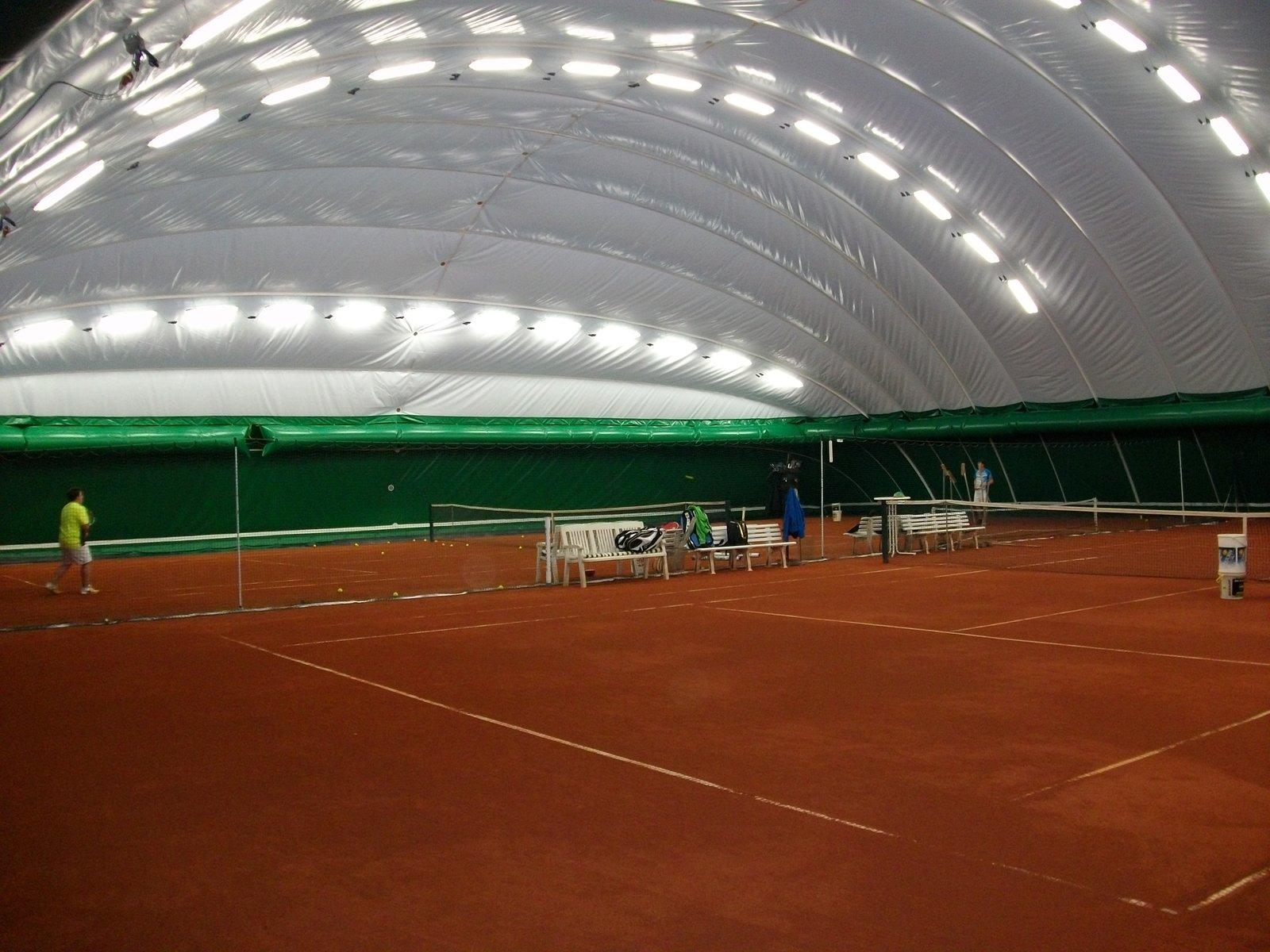 Innenansicht Aerohalle Kirchweg