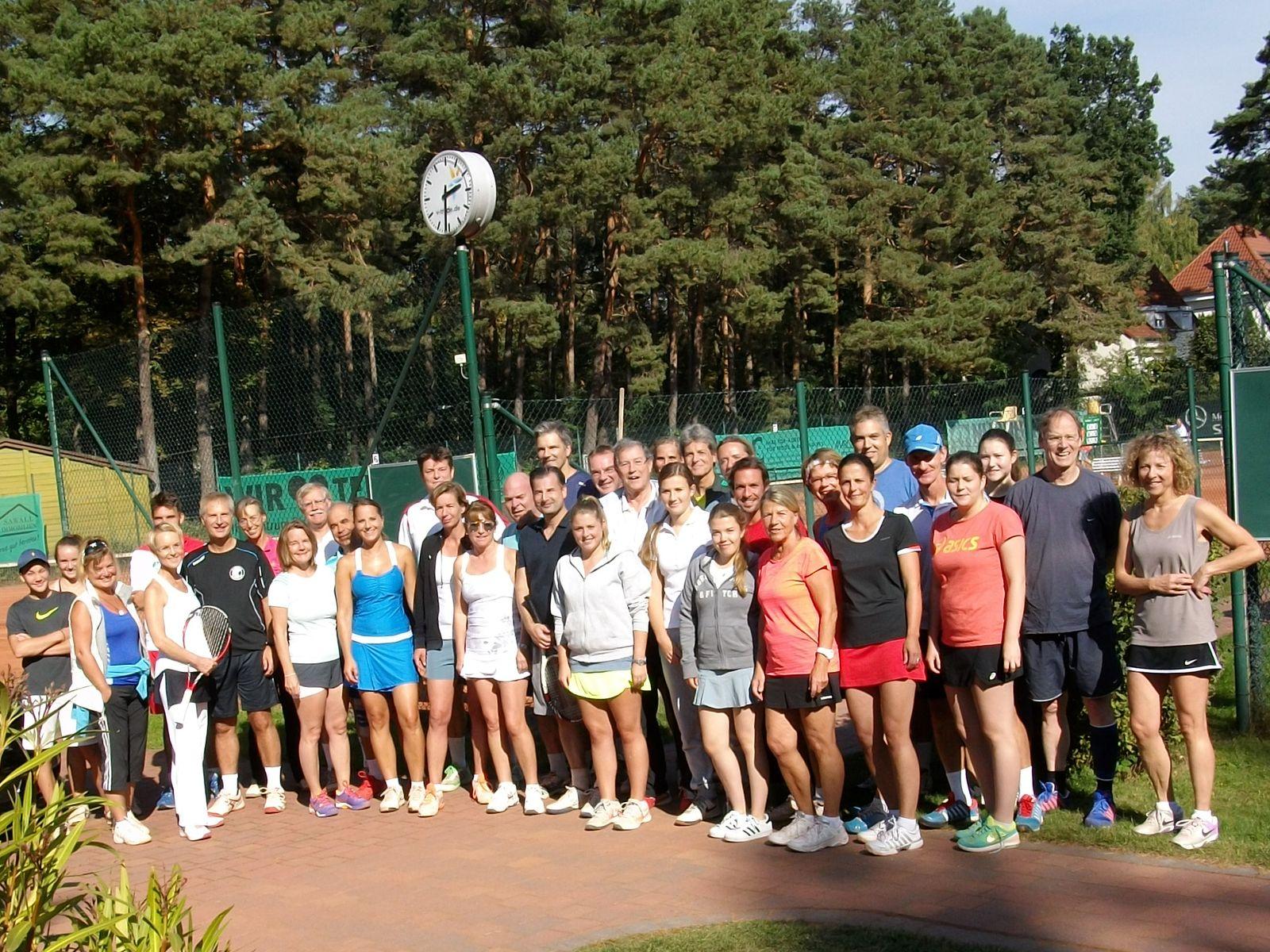 Teilnehmer eines Mixed-Turniers