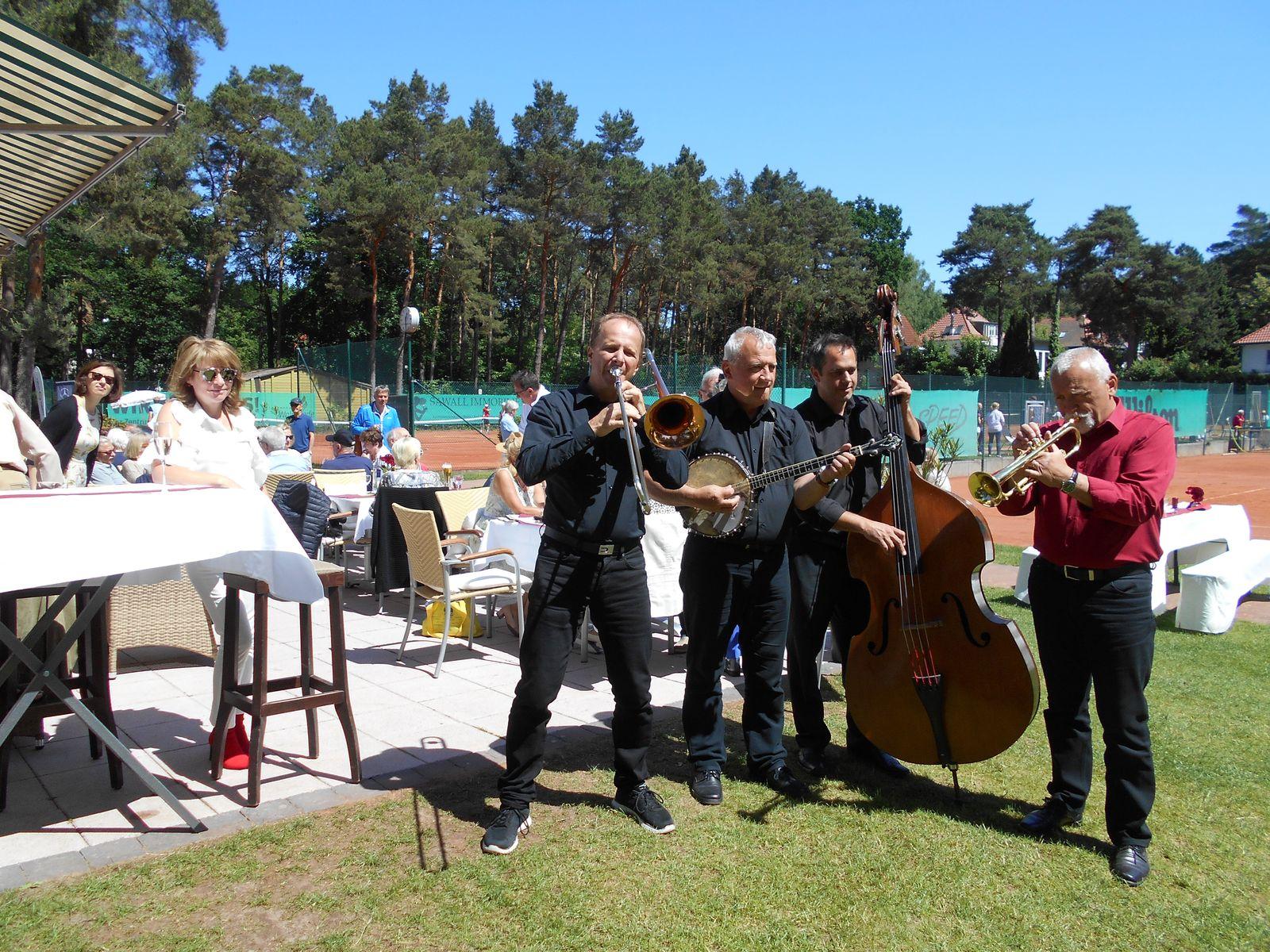 Pfingstkonzert mit der Prague-Dixieland-Band