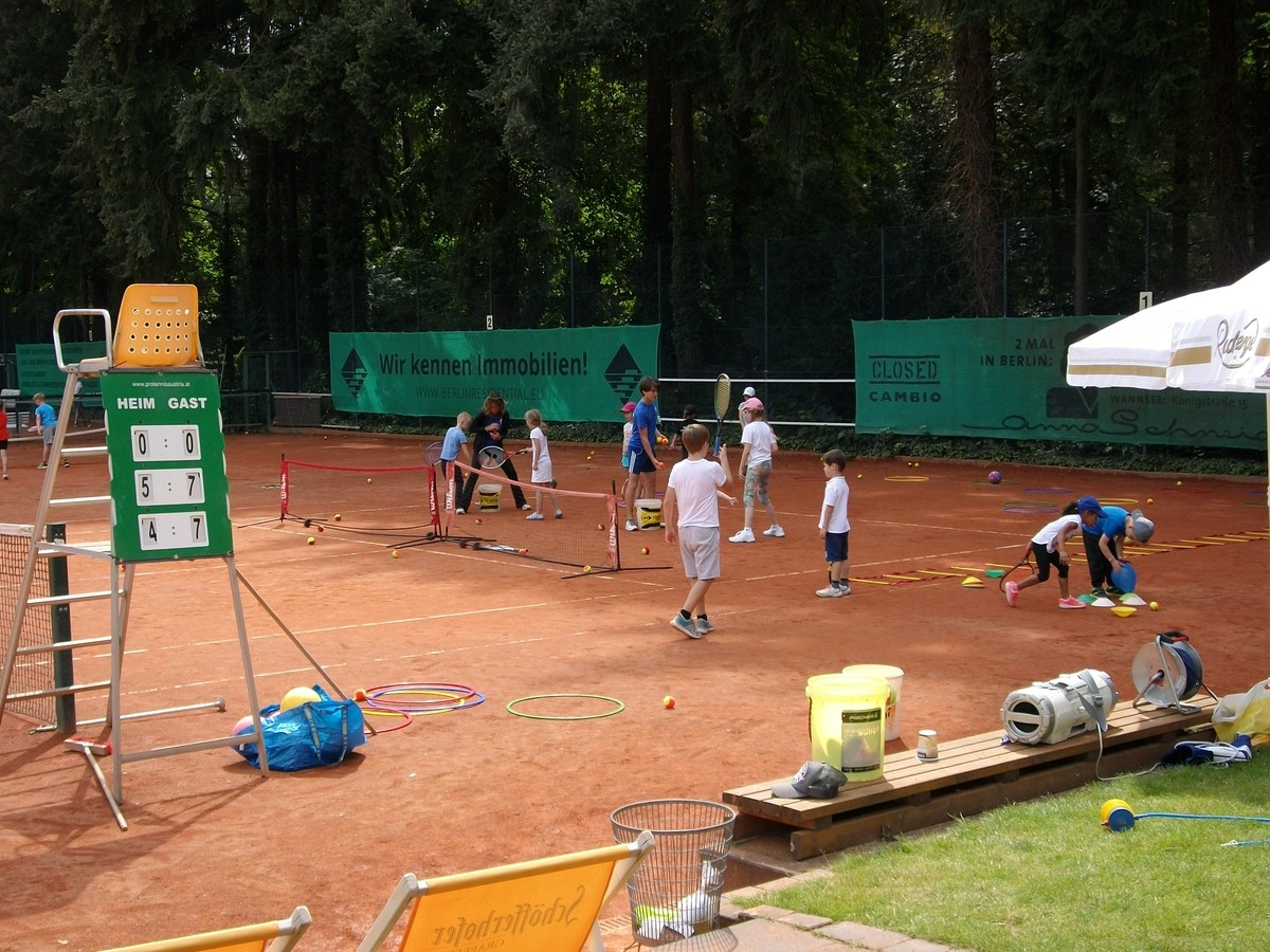 Tennis-Feriencamp